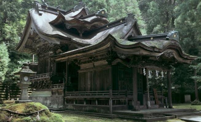大滝神社拝殿